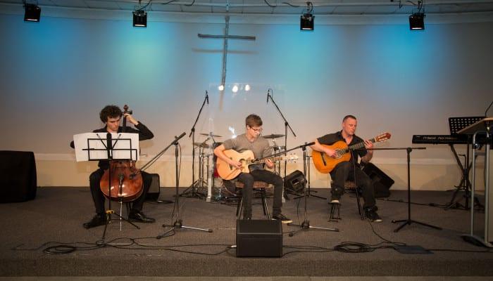 Richard Townsend, James Webb and Kiel McEntee performing
